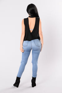 No Question Top - Black