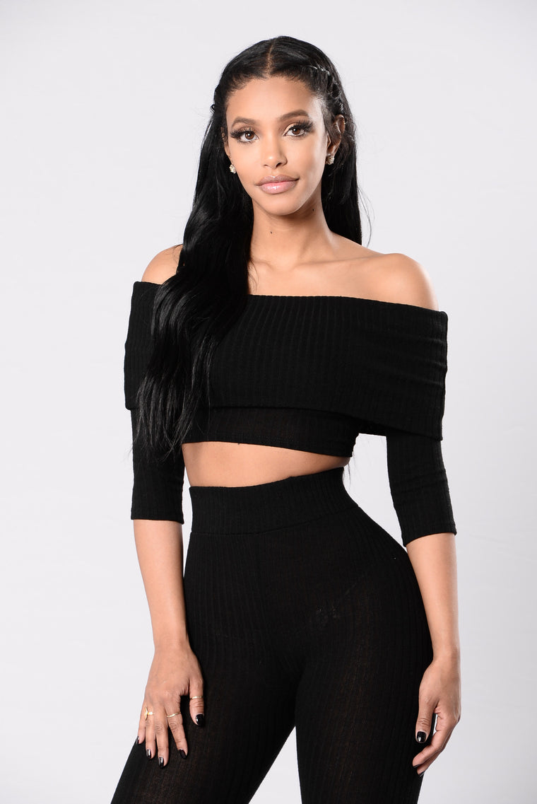 Can't Ignore Me Top - Black