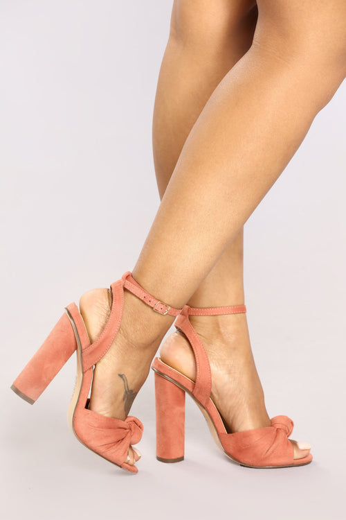 A Little Twisted Heel - Blush