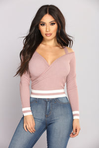 After School Club Cold Shoulder Top - Mauve