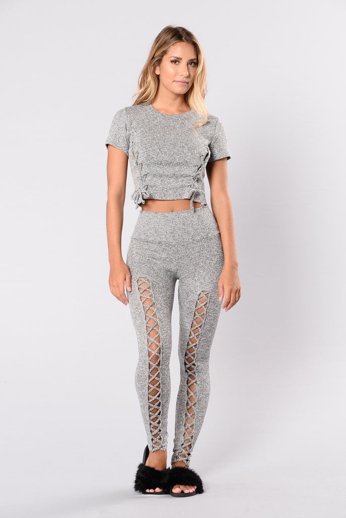 Women's leggings in gray