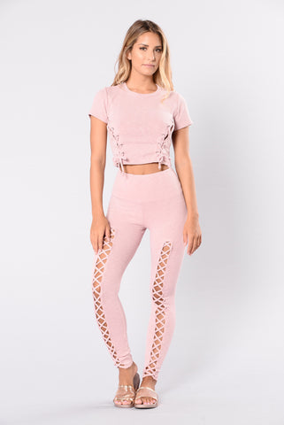 Eruption Legging - Blush