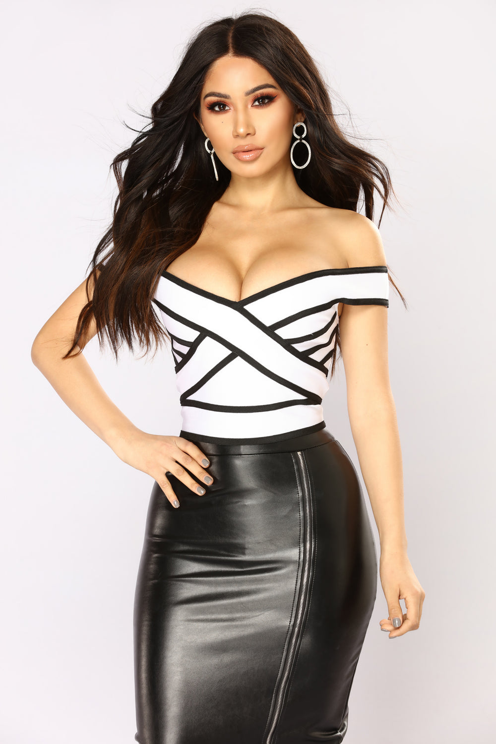 Wake Up Call Off Shoulder Top - White/Black