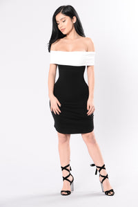 Short Stuff Dress - Black/White