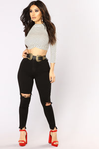 Knot So Twisted Top - Ivory/Black