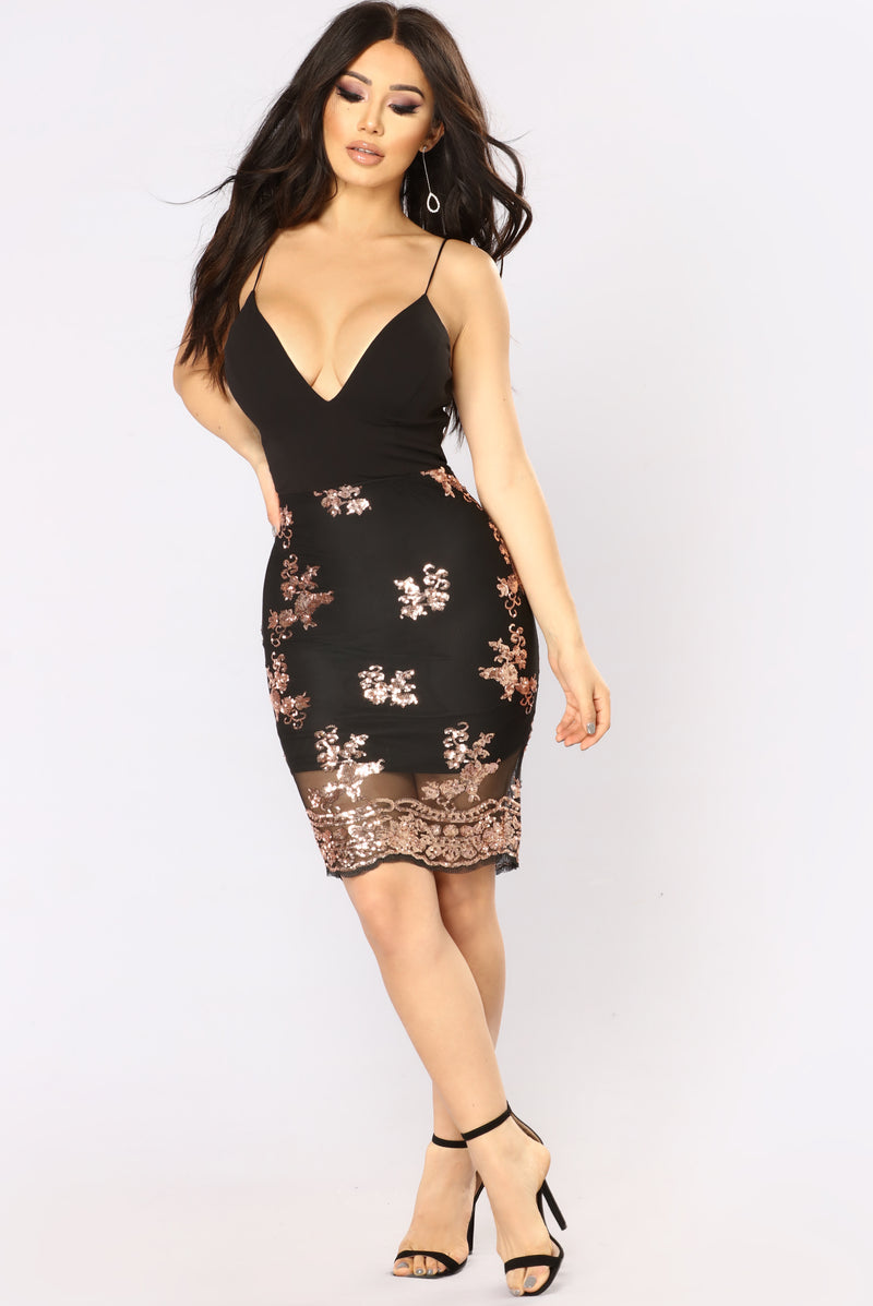 Oh Darling Sequin Dress - Black/Rose Gold