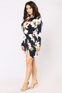 Sugar Grove Floral Dress - Navy Floral Angle 3