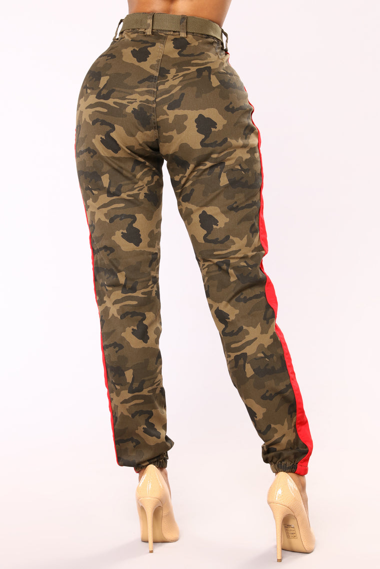 Cadet Kourtney Oversized Camo Pants - Olive/Red
