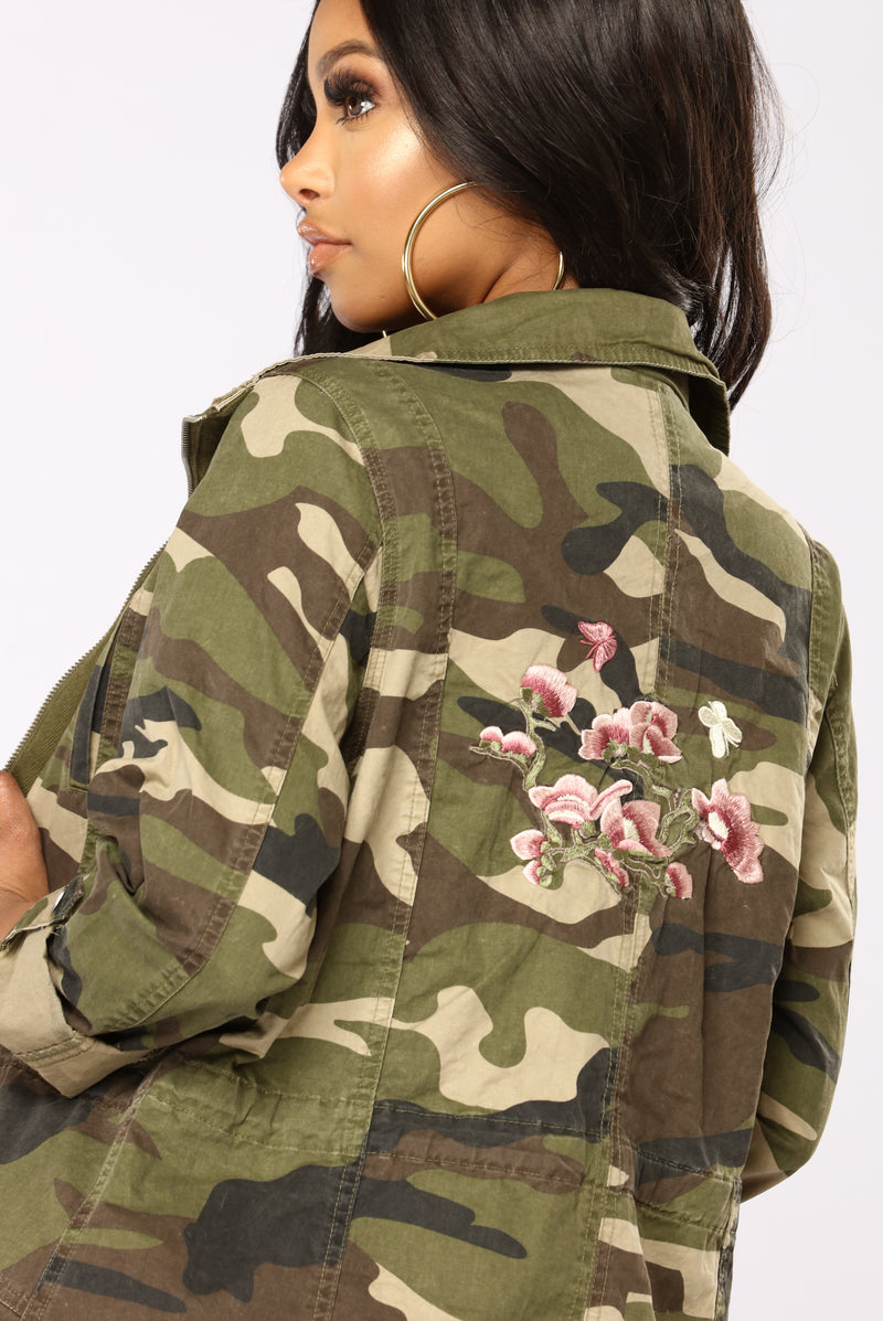 Dangerous Love Jacket - Camo