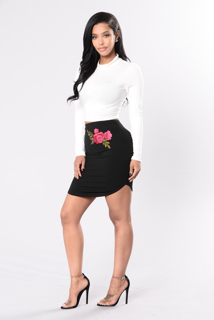 Rockin' Rose Skirt - Black