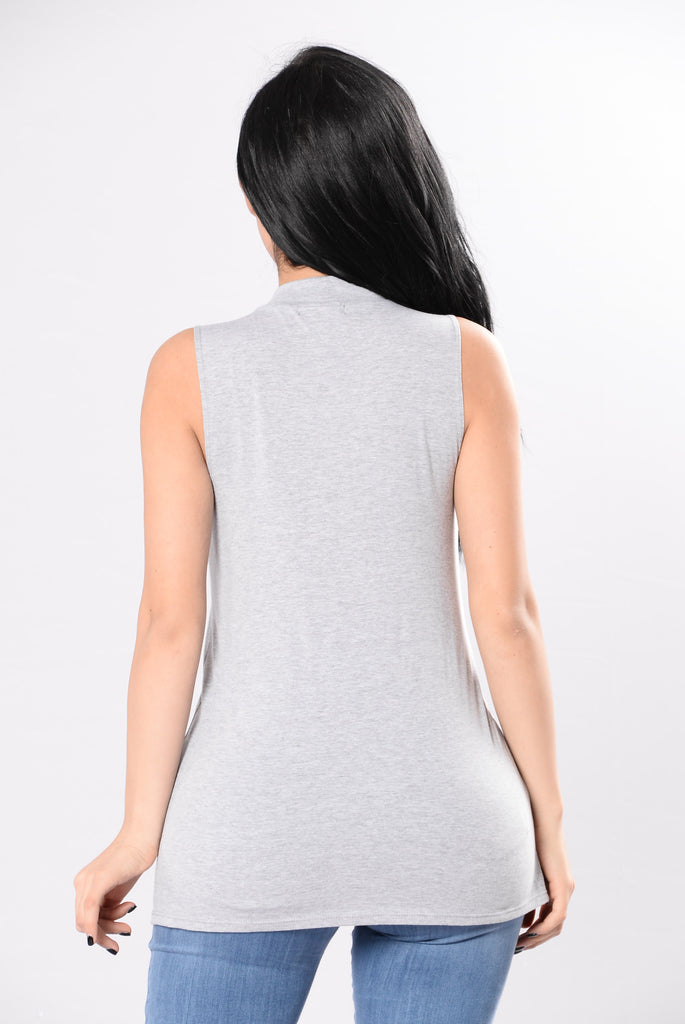 Vibing Hard Top - Heather Grey