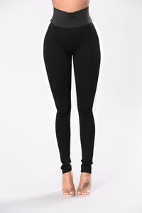 Sexy club leggings in black and white for women