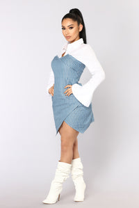 On Call Stripe Dress - White/Blue