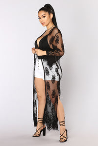 Lovers And Lace Kimono - Black