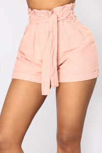 Rays Of Sunshine Linen Shorts - Mauve