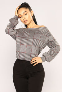 Before The Goodbye Off Shoulder Top - Black Combo