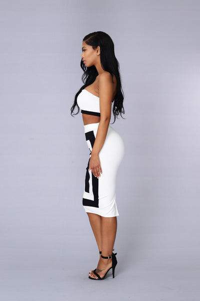 Outside the Box Skirt - White