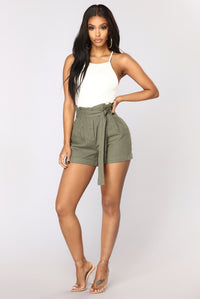 Rays Of Sunshine Linen Shorts - Olive Angle 1
