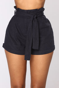 Rays Of Sunshine Linen Shorts - Navy