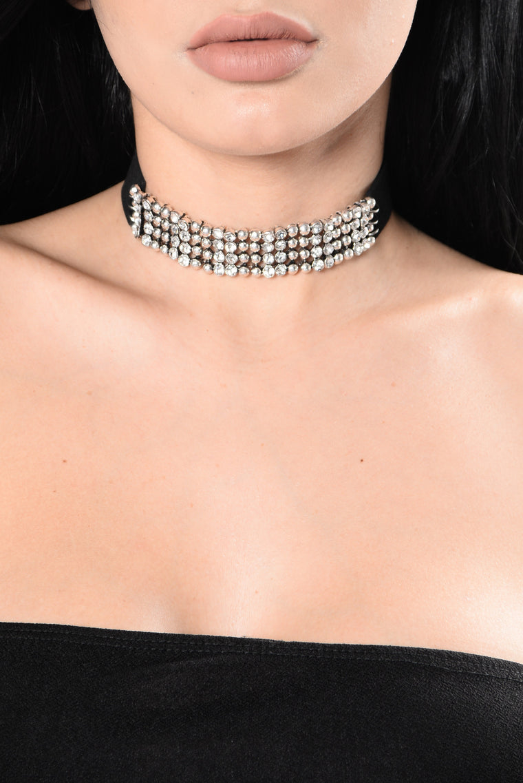 Only On Camera Choker - Silver