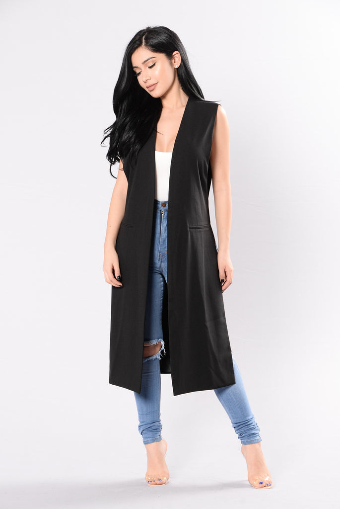 Your Sweet Lips Jacket - Black