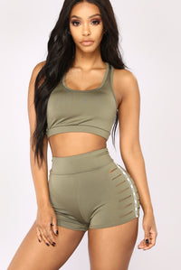 Babe Magnet Active Sports Bra - Olive