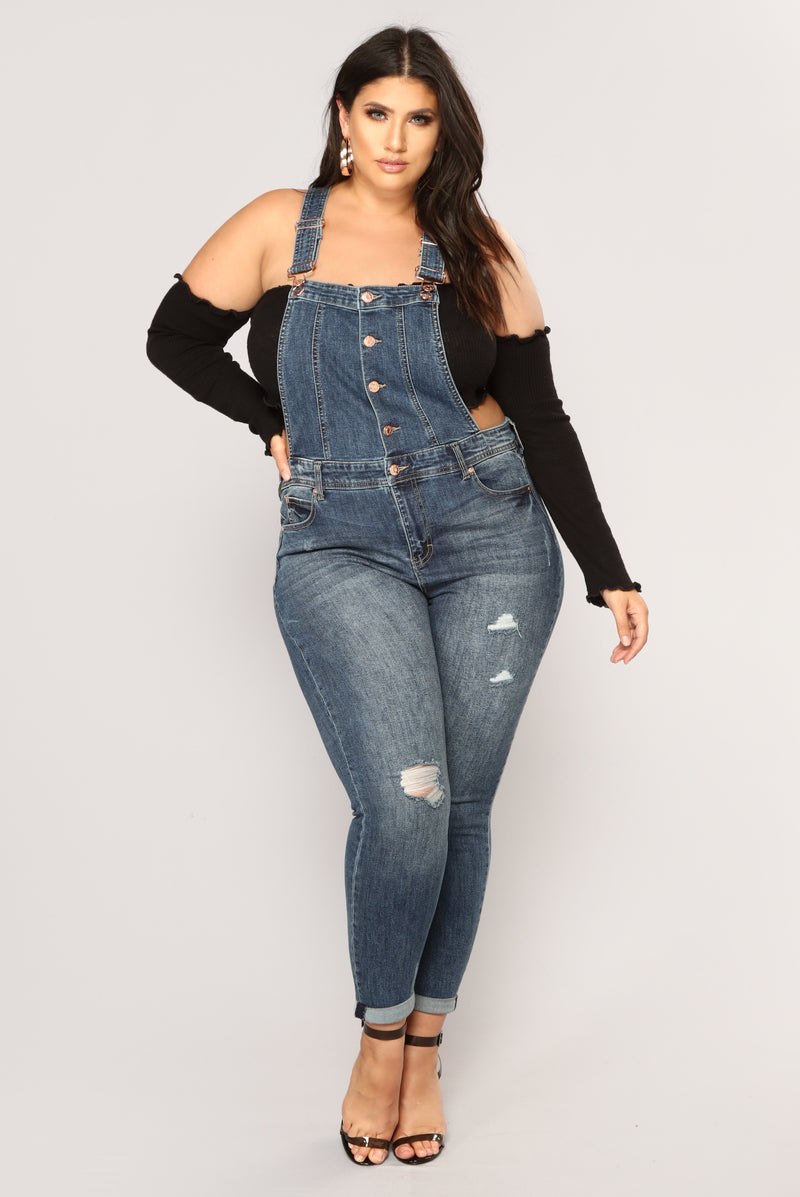 gorditas nova overalls send fashionnova location ropa denim curve jeans looks moda dresses clothing clothes outfits mujer curvy curvas overol