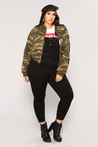 Camouflage In The City Jacket - Camo Angle 10
