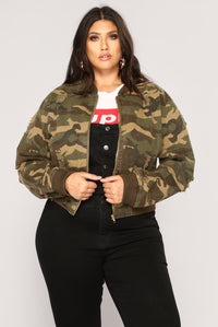 Camouflage In The City Jacket - Camo Angle 9