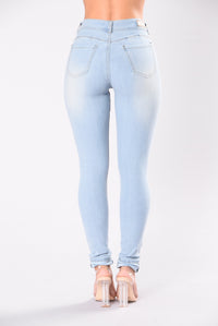 Breaking Necks Booty Lifting Jeans - Light Wash Angle 3