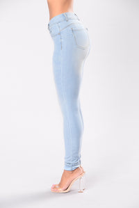 Breaking Necks Booty Lifting Jeans - Light Wash Angle 4