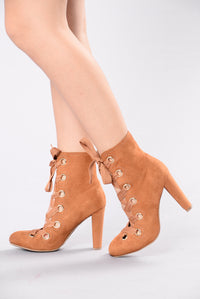 Eye Need It Boot - Chestnut