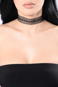 Get To Know You Better Choker Set - Black