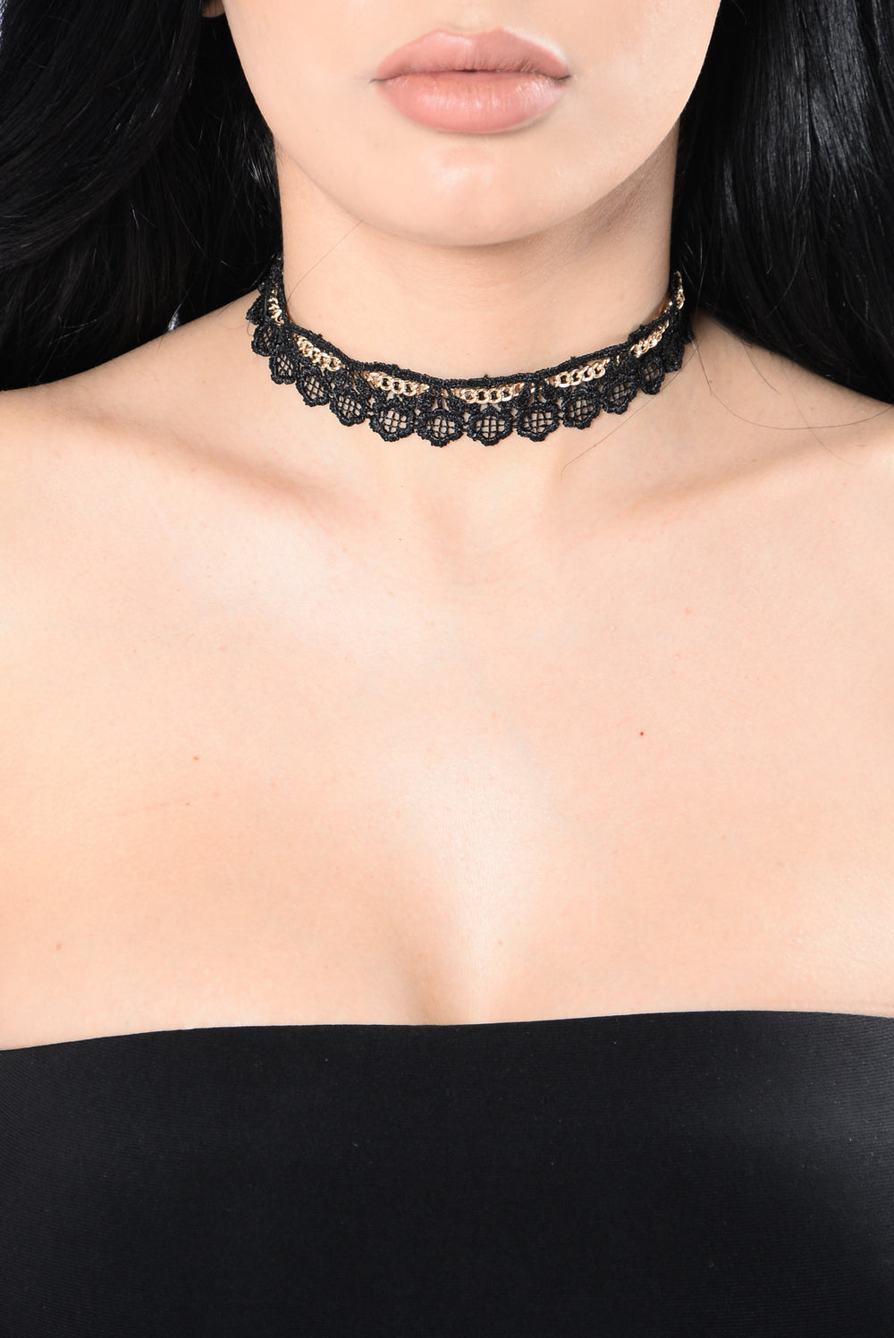 Hearts All Over The World Choker - Black