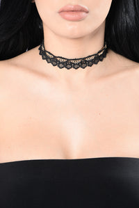 Hearts All Over The World Choker - Blush