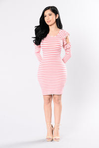 Wake And Shake Dress - Rose/White