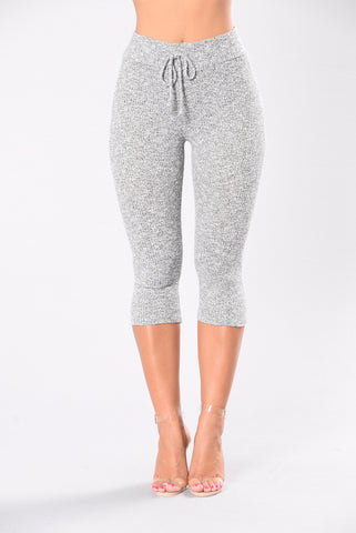 Gray workout leggings for yoga