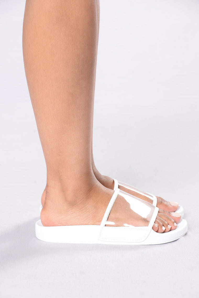 Lazy Days Sliders - White