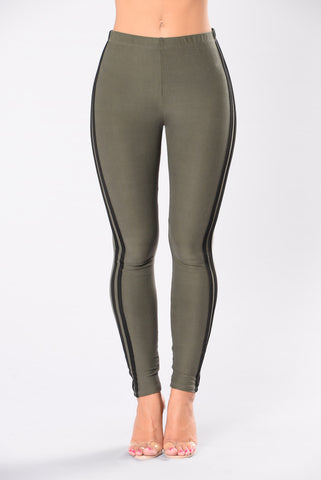 When I Come Around Leggings - Olive/Black