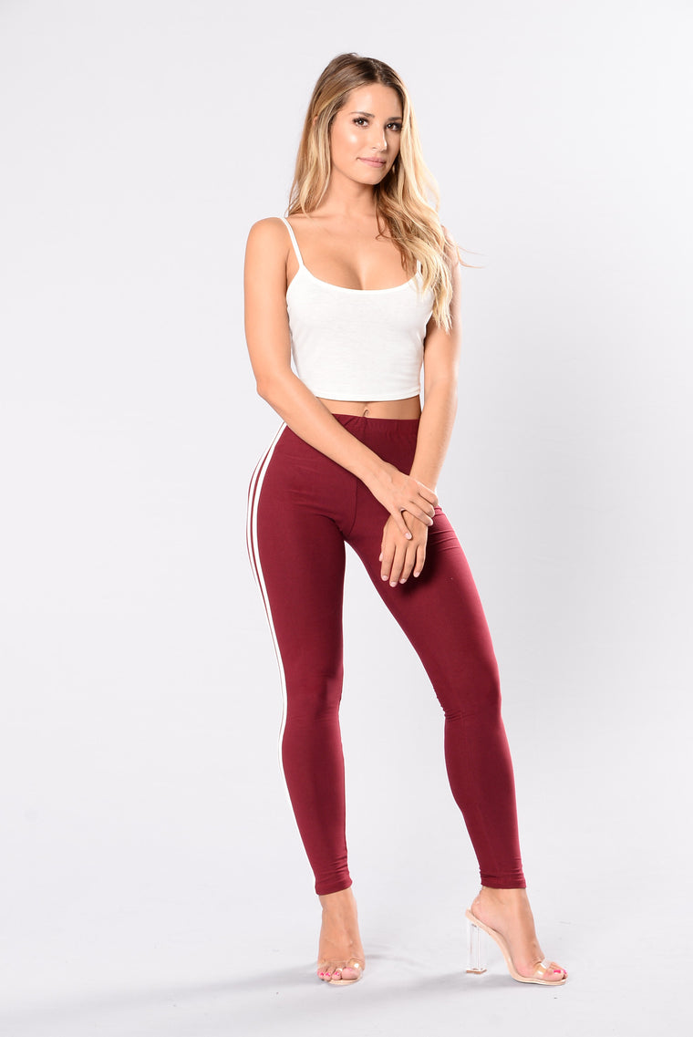 When I Come Around Leggings - Wine/White