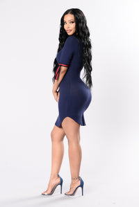 Love On The Weekend Dress - Navy