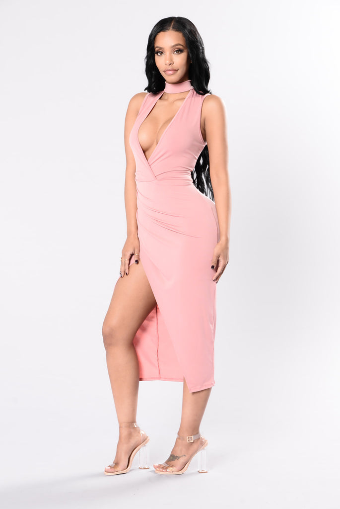 Play Your Cards Right Dress - Mauve