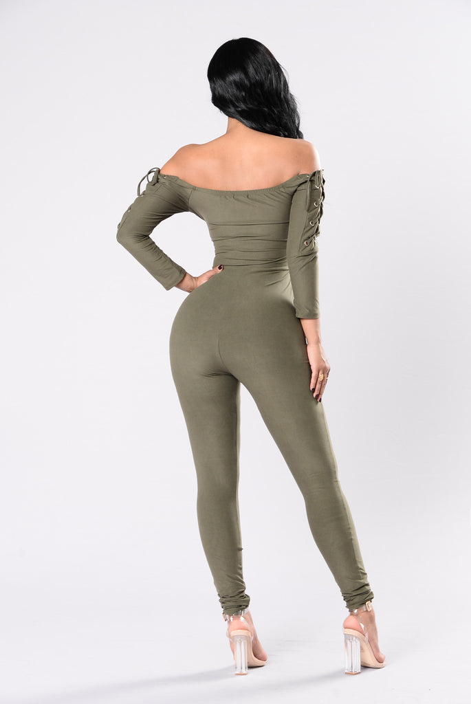 Feeling Like A Star Jumpsuit - Olive