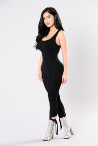 Look Me Up And Down Jumpsuit - Black Angle 3