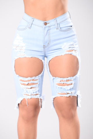Angel In Blue Disguise Shorts - Light Wash