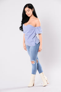 Sure Thing Top - Blue/White Angle 6