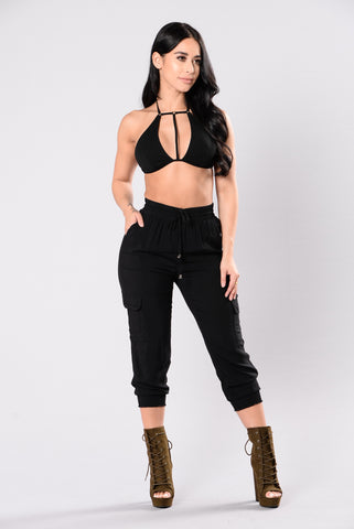 Casually Out Pants - Black