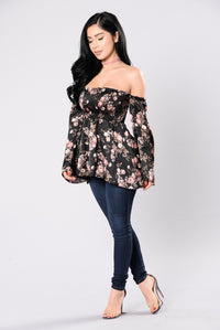 Grow Me A Garden Top - Black Floral