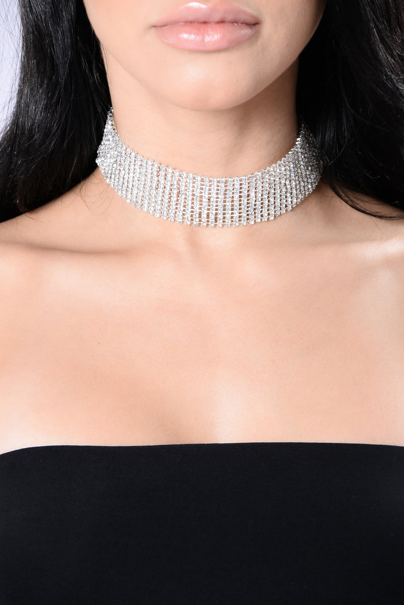 Lose Your Mind Over Me Choker - Silver