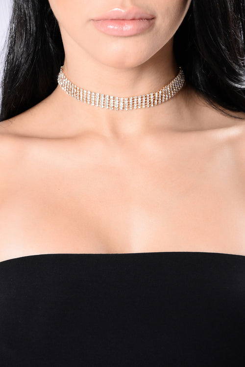 Better Than The Rest Choker - Gold
